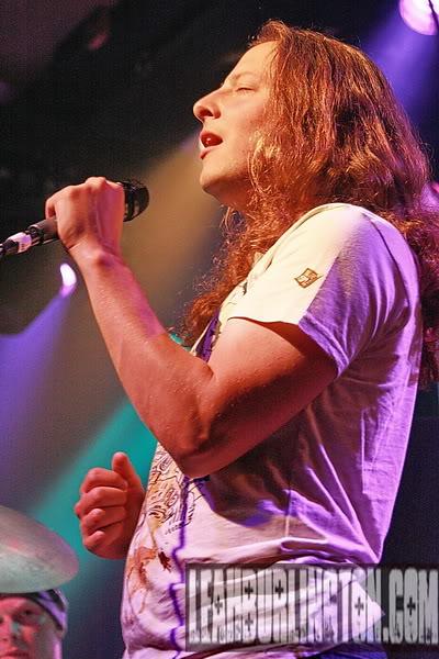 Suncaged live!!! Singer Paul Villareall!!